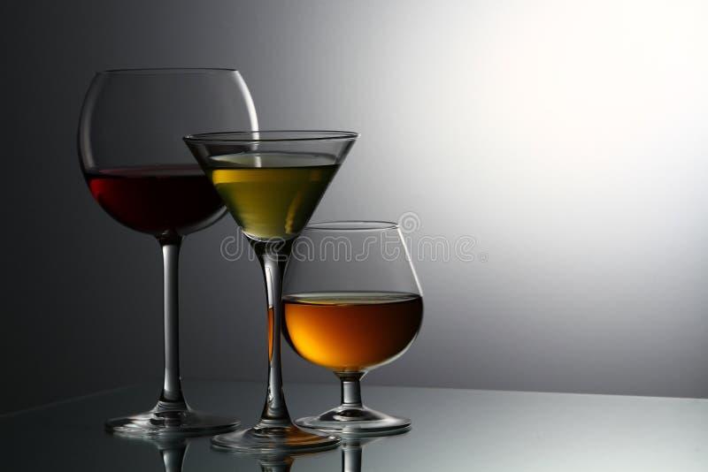 Várias bebidas alcoólicas fotografia de stock