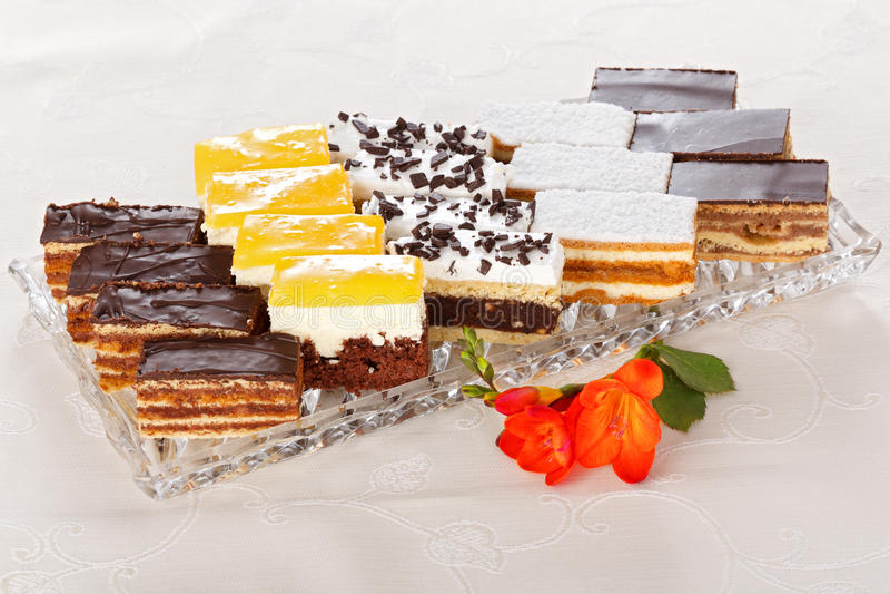 Vários bolos do doce fotografia de stock royalty free