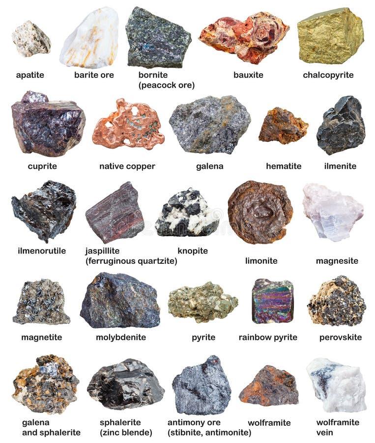 Vários minerais e minérios crus com nomes isolados imagens de stock