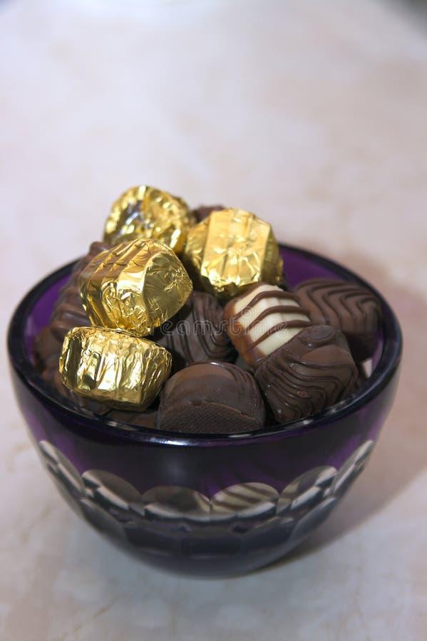 Vários pralines do chocolate fotografia de stock