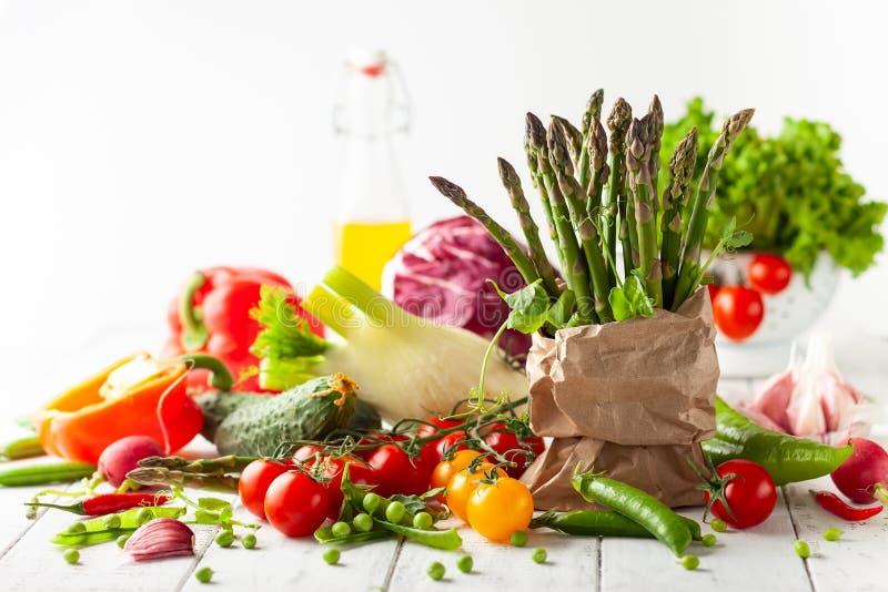 Vários tipos de legumes frescos foto de stock