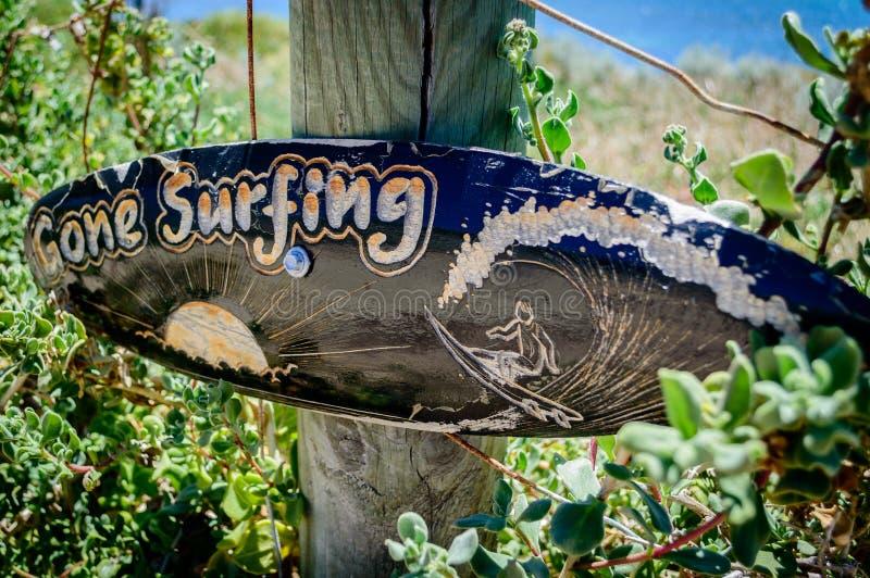 Väck surfa arkivbilder