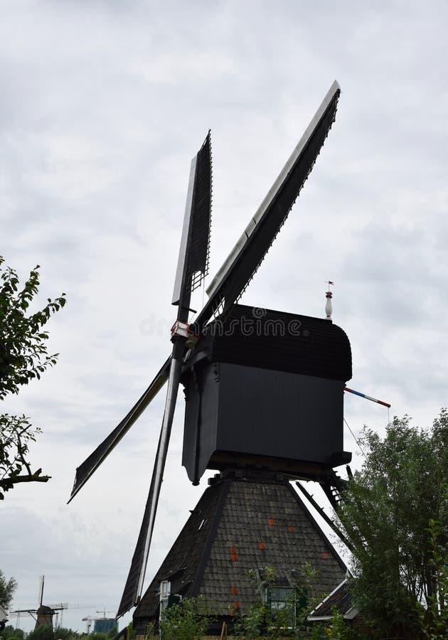 Väderkvarn av världsarvet Kinderdijk, Nederländerna arkivbilder