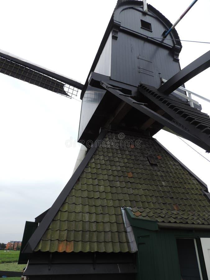 Väderkvarn av världsarvet Kinderdijk, Nederländerna arkivfoton