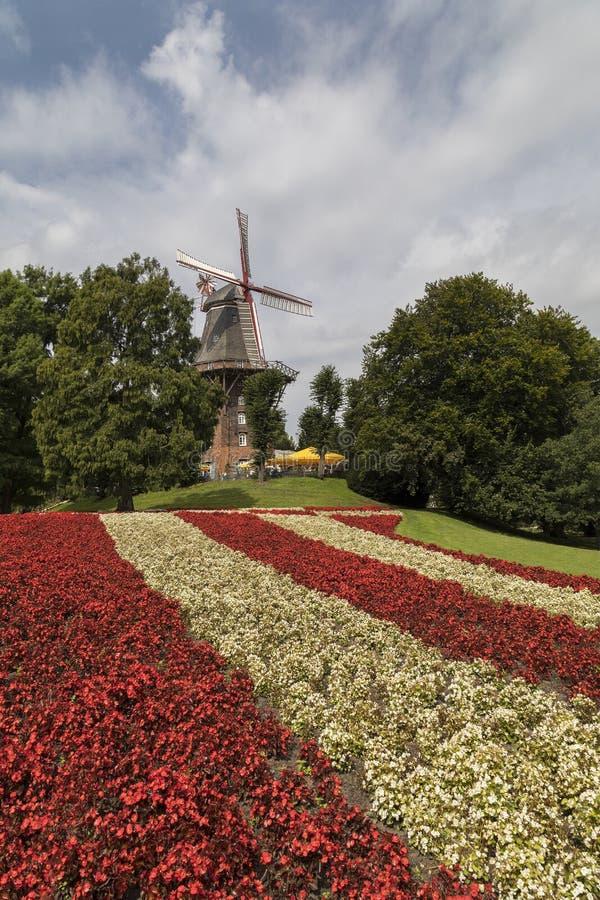 Väderkvarn - Bremen - Tyskland royaltyfri fotografi