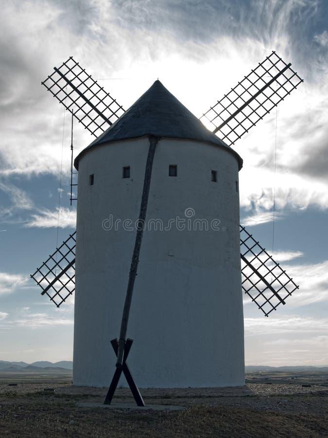 Väderkvarn på Campo de Criptana La Mancha Ciudad Real Spanien royaltyfri foto
