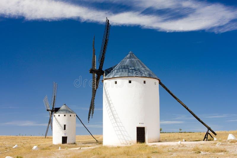 väderkvarnar Campo de Criptana, Castile-La Mancha, Spanien arkivfoton