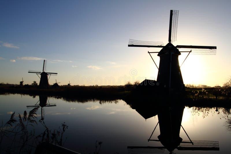 Väderkvarnar för holländare för UNESCOvärldsarv arkivfoton