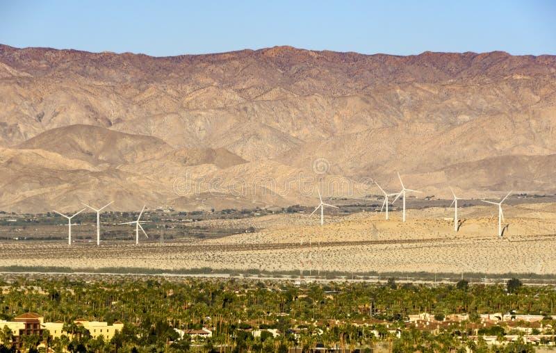 Väderkvarnar Near Palm Springs fotografering för bildbyråer
