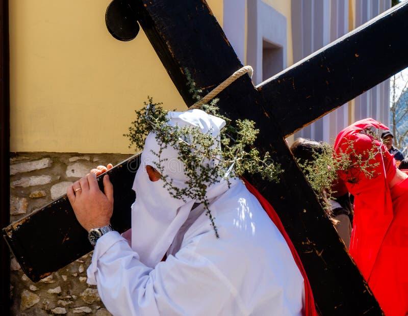 Väg av korset i en sydlig italiensk stad royaltyfri foto