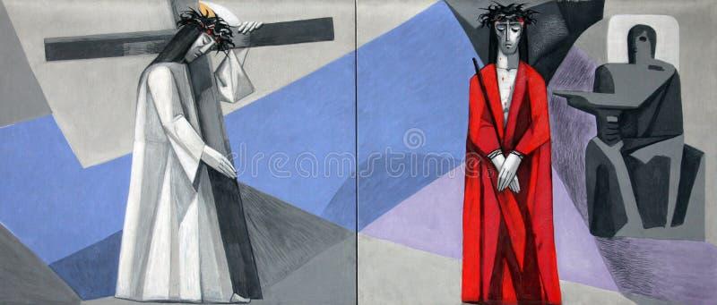 Väg av korset i kyrkan av den heliga Treenighet i den Gemunden f.m. strömförsörjningen arkivfoton