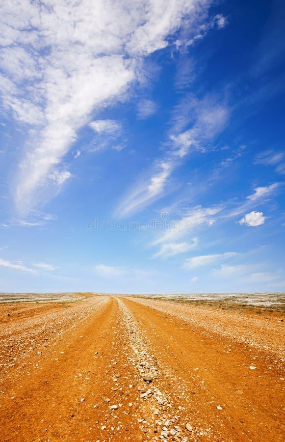 väg för australier outback arkivbilder