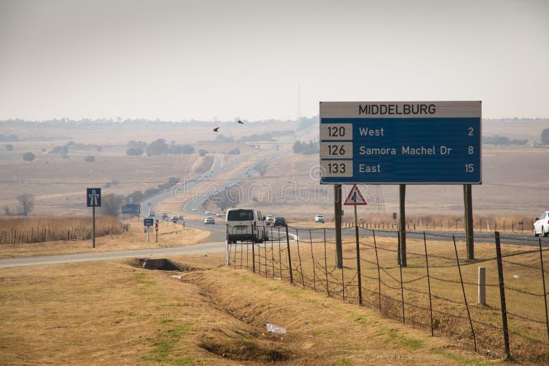 Väg i middelburg, Sydafrika royaltyfri fotografi