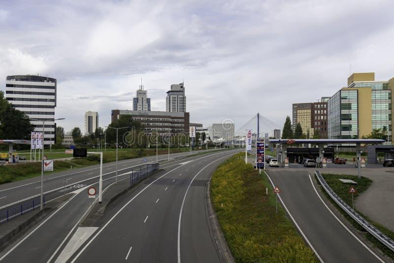 Väg i Rotterdam royaltyfria foton