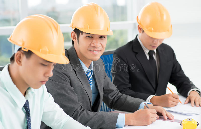 Väg-och vattenbyggnadsingenjör arkivfoton
