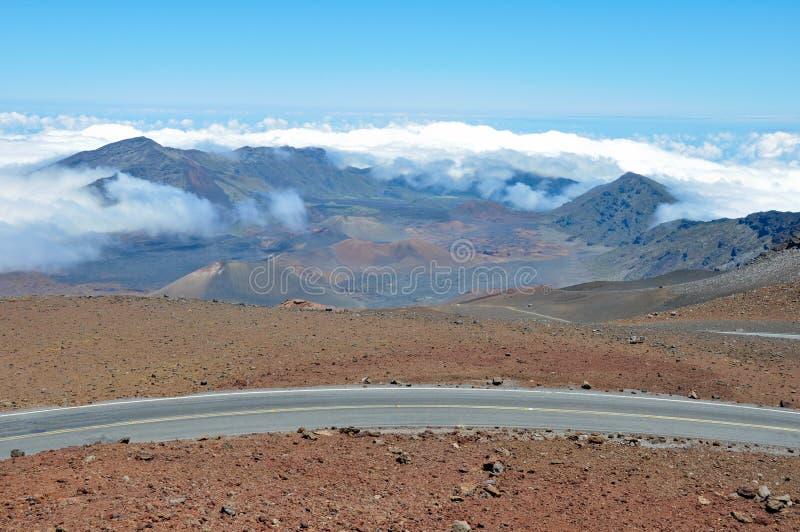Väg på den Haleakala nationalparken, Maui (Hawaii) fotografering för bildbyråer