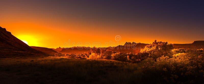 Väg till Zion på soluppgång royaltyfria foton