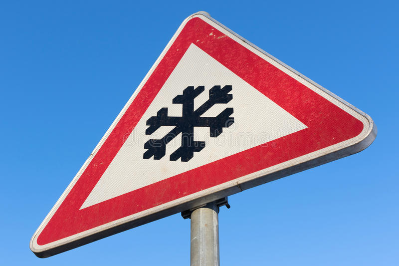 Vägen framåt fryser lätt arkivbild