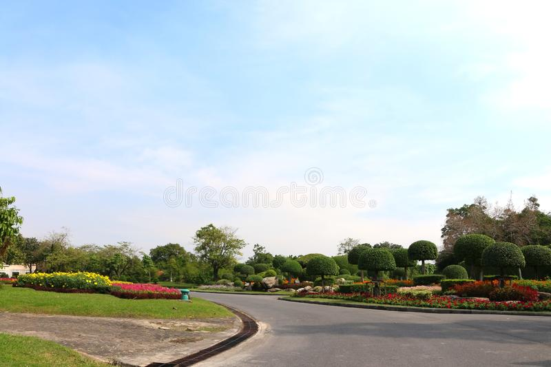 Vägen till parkerar i Bangkok Bra atmosfär royaltyfri fotografi