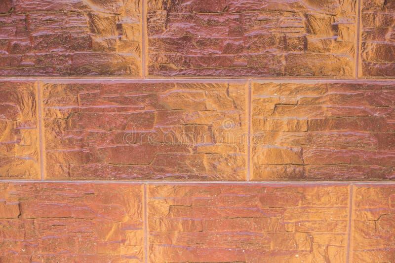 Vägg av det ovanliga tegelstenmurverket arkivfoton
