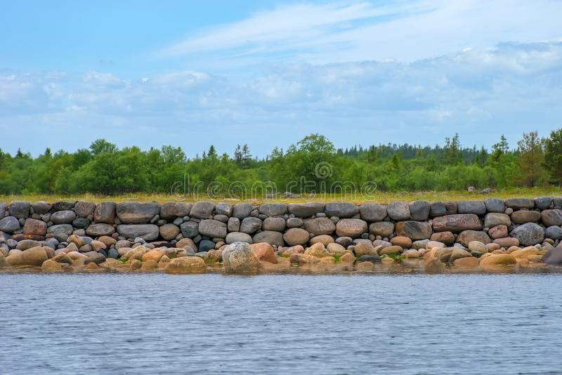 Vägg av enorma stenblock fotografering för bildbyråer