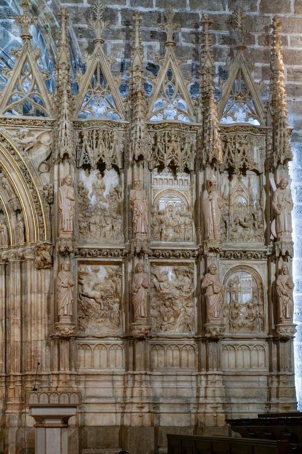 Vägg av kapellet för helig gral i domkyrkan i Valencia Spain på Februari 27, 2019 royaltyfria foton