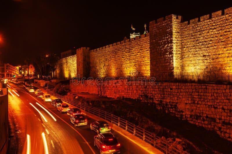 Väggar av den forntida staden, Jerusalem, Israel royaltyfri fotografi