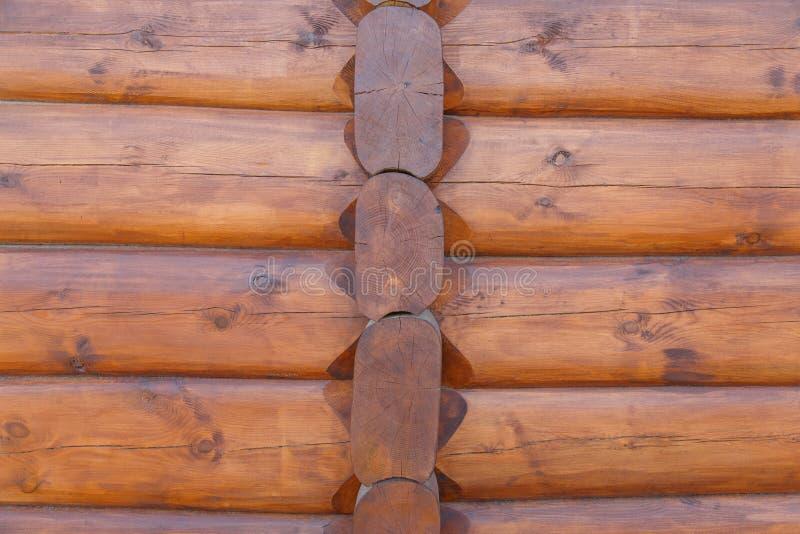 Väggbakgrund av det runda journalhuset som är dold med skyddande befruktning arkivfoto