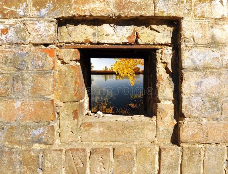 väggfönster royaltyfria bilder