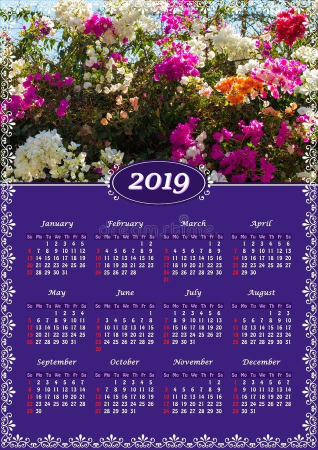 Väggkalender för 2019 år, enkel sida med fotoet arkivbilder