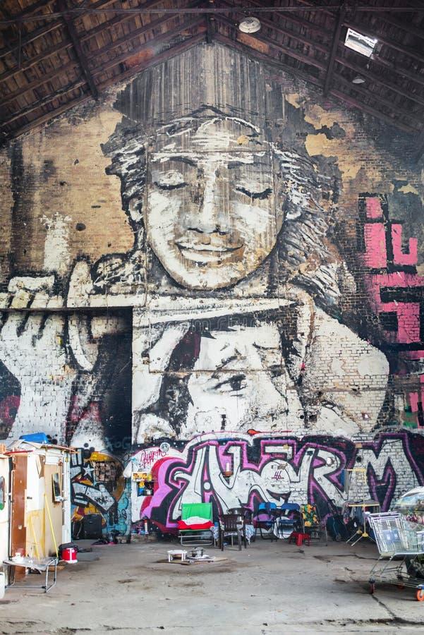 Väggmålning i Kreuzberg, Berlin arkivbild