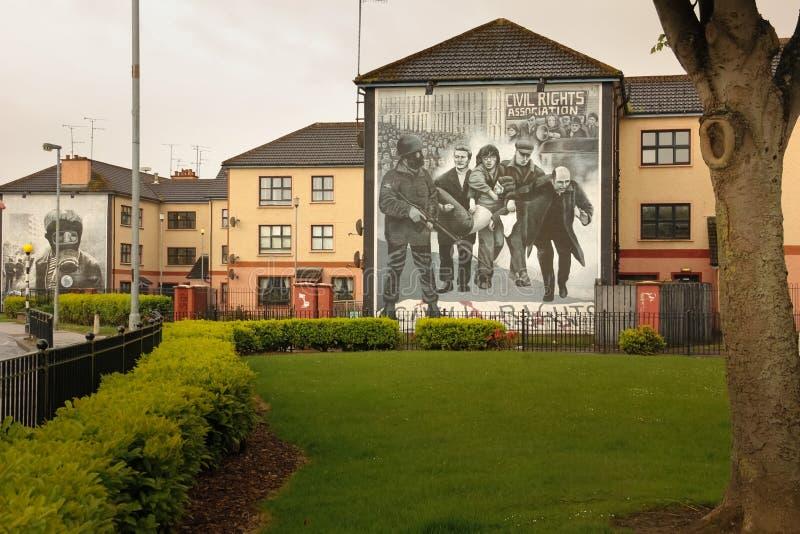 väggmålningar Derry Londonderry Nordligt - Irland förenat kungarike arkivfoton