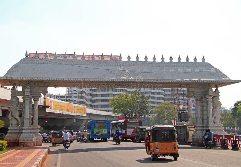 Vägrörelse i Chennai, den södra Indien arkivfoton