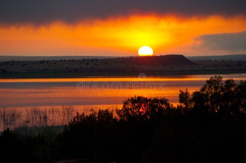 Vägtur: Santa Rosa Lake royaltyfria foton
