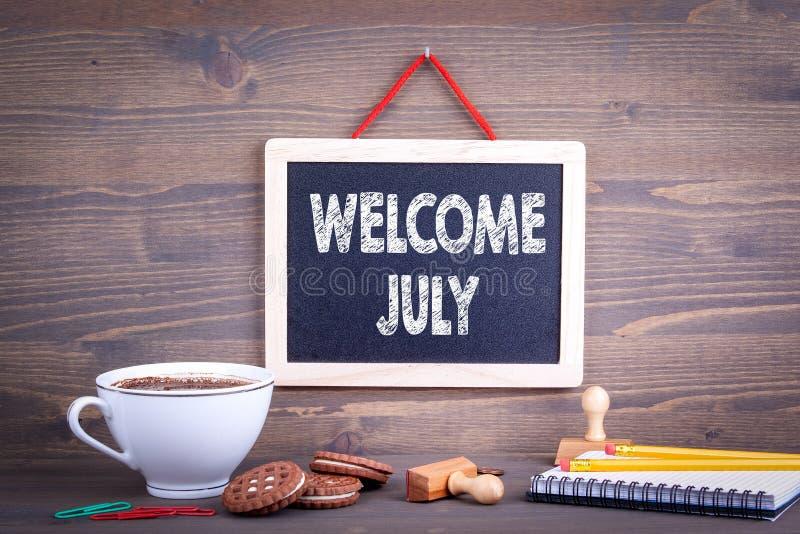 Välkomna Juli affärsidé royaltyfri bild