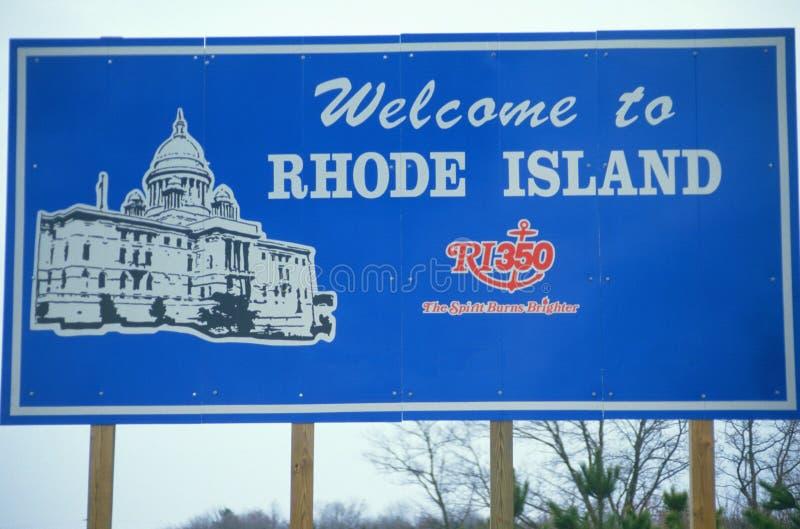 Välkomnande till det Rhode Island tecknet arkivbild