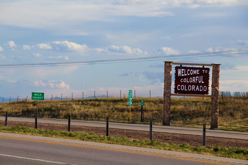 Välkomnande till färgrika Colorado arkivbilder