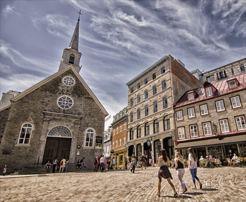 Välsignat kamratskap på gamla Quebec City royaltyfri foto