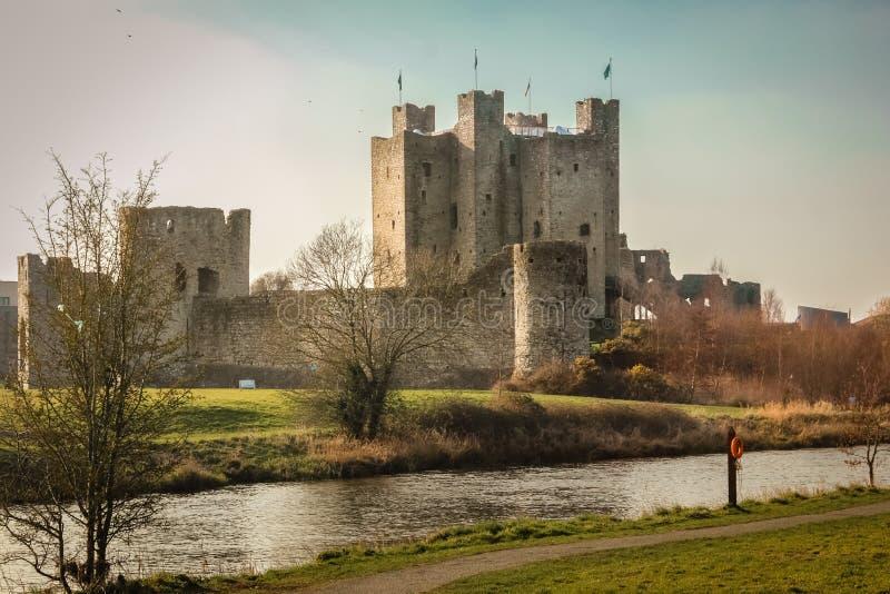 Välskött slott ståndsmässiga Meath ireland royaltyfria foton