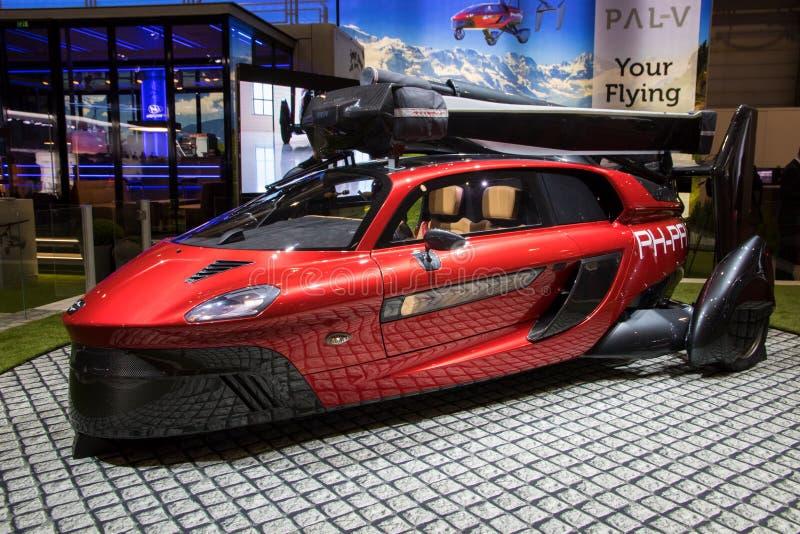 Vän-vLiberty Flying Car Makes Its offentlig debut fotografering för bildbyråer
