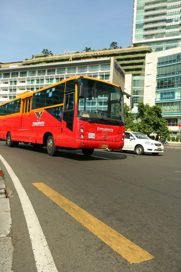 vända för bussjakarta trans. royaltyfria foton