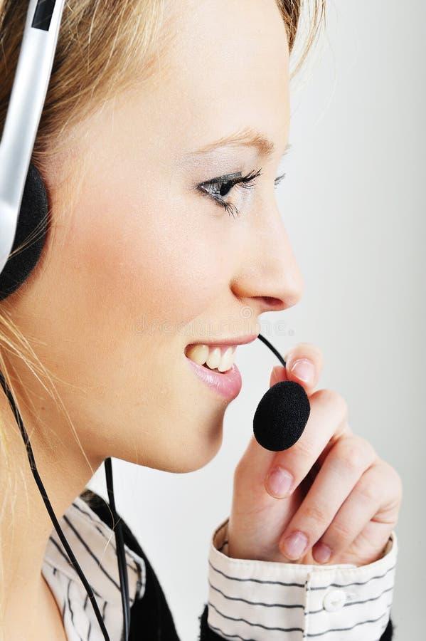 vänlig hörlurar med mikrofontekniker för kund arkivfoton