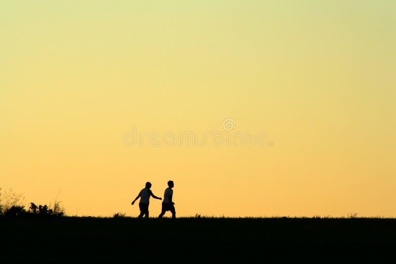 Download Vänmorgonen går arkivfoto. Bild av nebraska, schuyler, övning - 278722