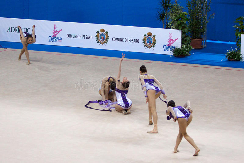 värld för gymnastisk pesaro för fig för 2009 kopp rytmisk arkivbild