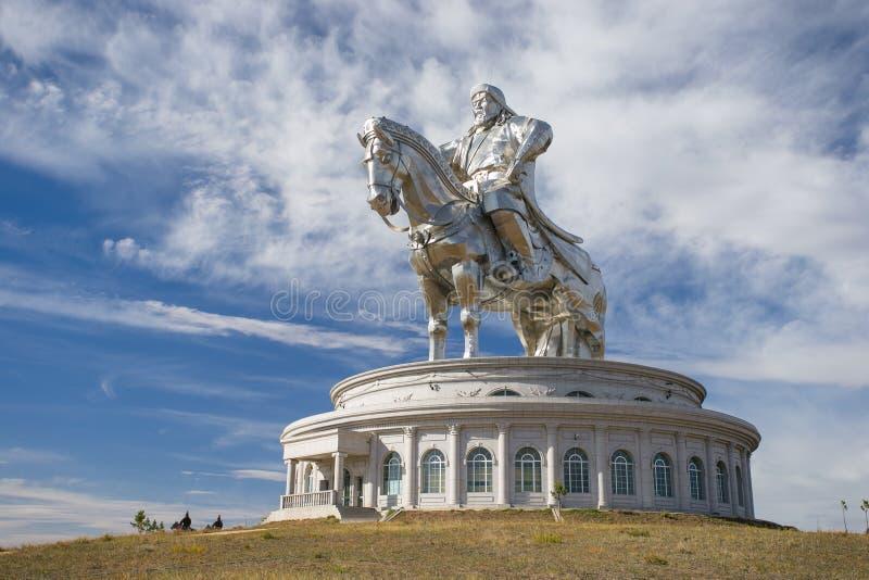 Världens största staty av Genghis Khan royaltyfri foto