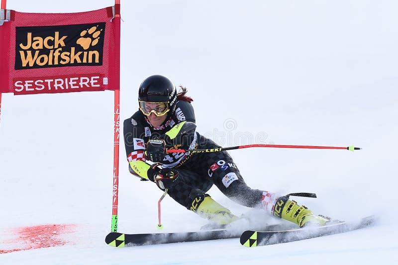 Världscupen i Ski - Parallel Giant Slalom Women arkivbilder