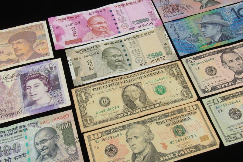 Världsvalutaanmärkningar royaltyfri bild