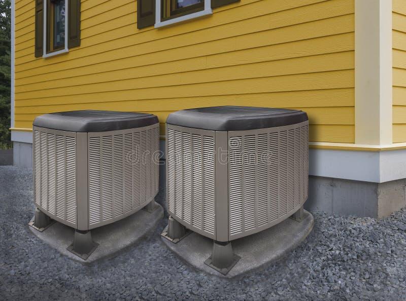 Värma och betingande enheter för luft arkivbild