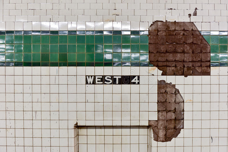 Västra fjärde gatagångtunnelstopp - NYC arkivfoton