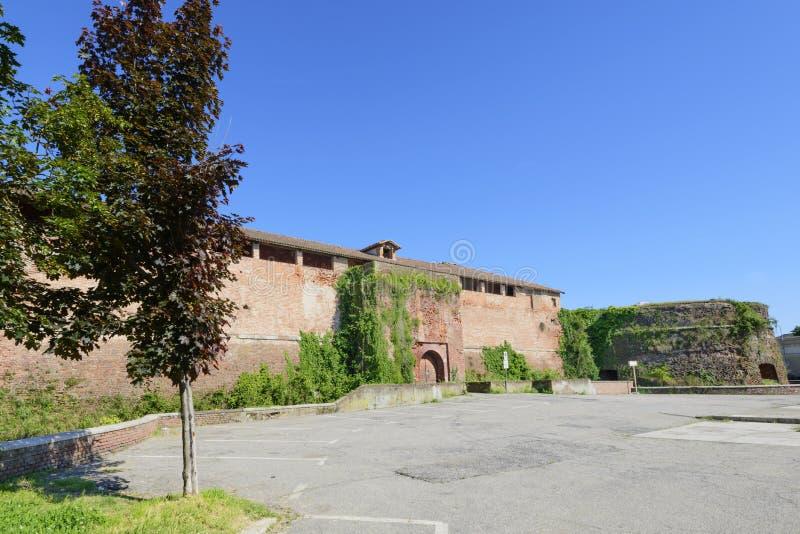 Västra sikt för slott, Casale Monferrato, Italien arkivbilder